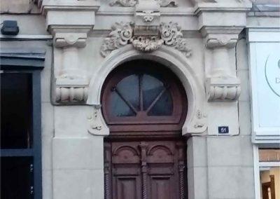 Restauration d'un porte en pierre à Rouen (Après)