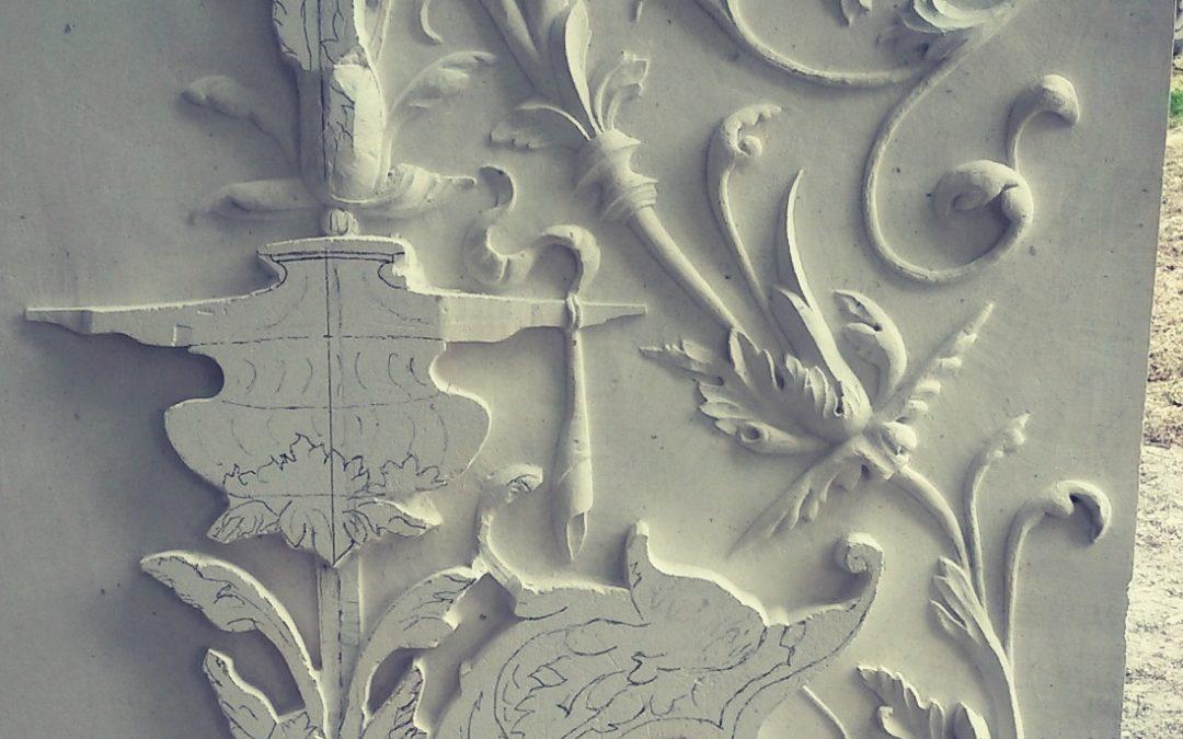 Rinceau Renaissance en pierre de Tervoux