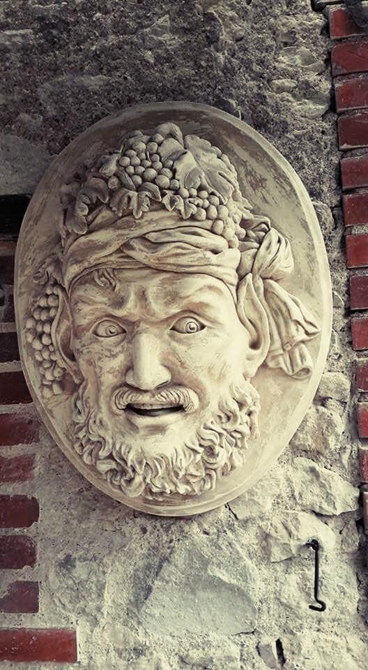 Sculpture mascaron en argile et plâtre - Dieu du vin - Bacchus