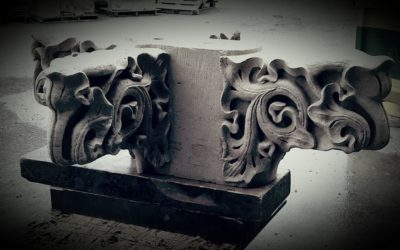 Sculpture pinacle en pierre de Saint-Maximin (Palais Justice de Rouen)