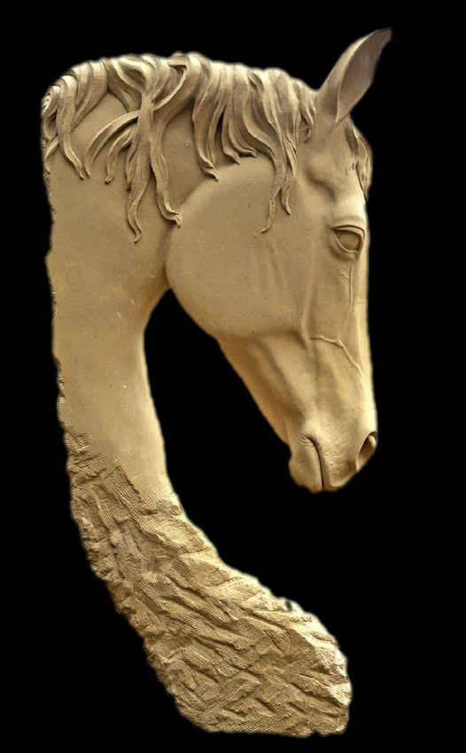 sculpture equine en pierre de Caen - Morgan Roulland